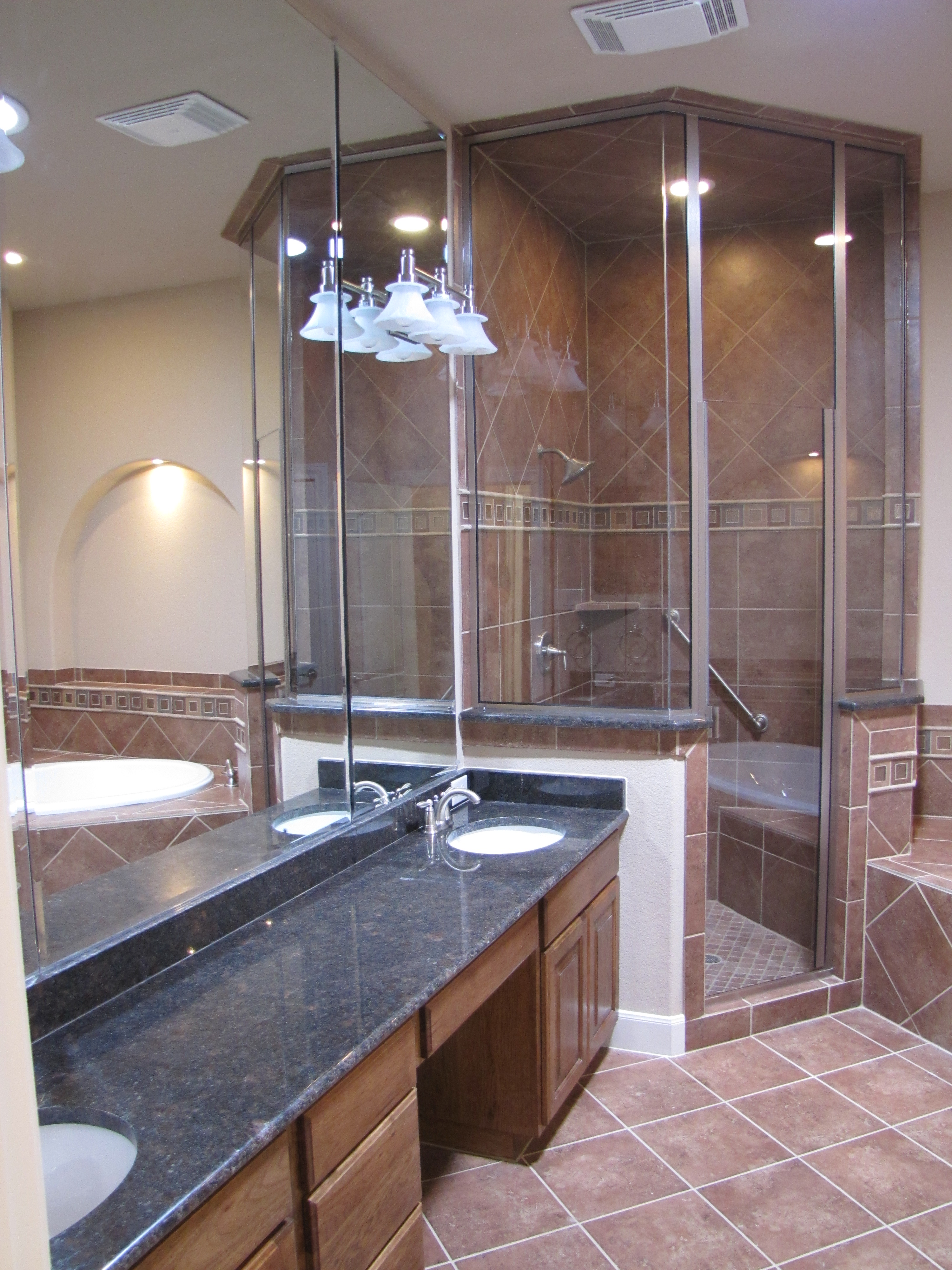 Master bath lighting river hills custom homes for Master bath lighting